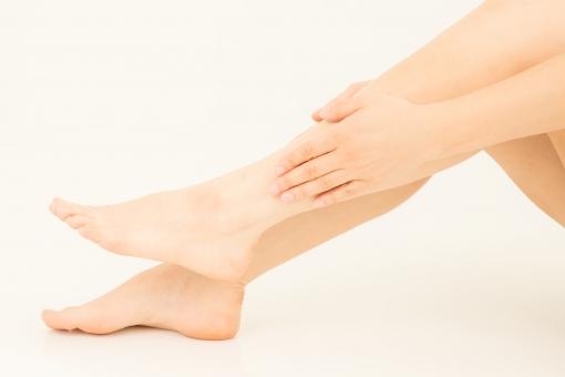 脚のリンパマッサージ画像