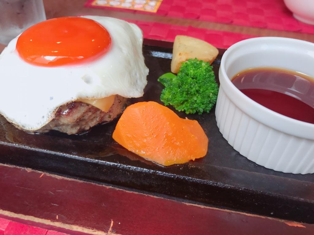 """お肉大好きな私が選ぶ""""アツアツ鉄板の上で食べる絶品ハンバーグ""""3選【ハングリータイガー/ミート矢澤/大人のハンバーグ】"""