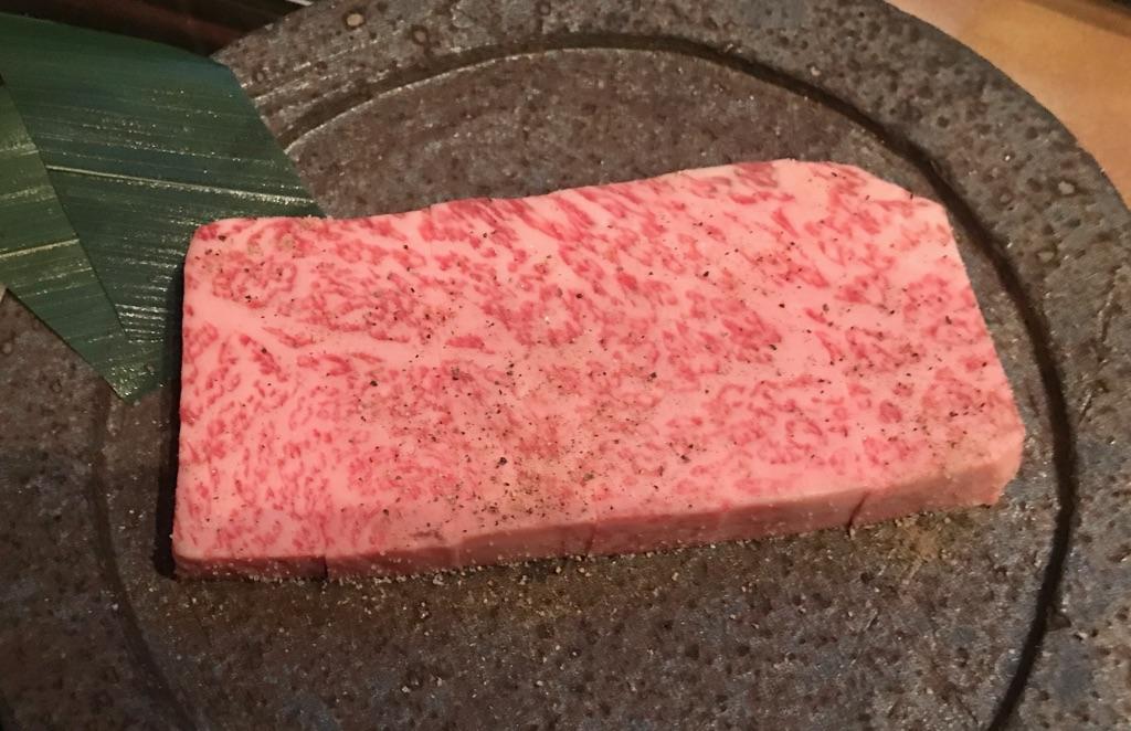 芸能人御用達!?恵比寿にある焼肉屋「兜」で絶品のお肉を堪能してきました!