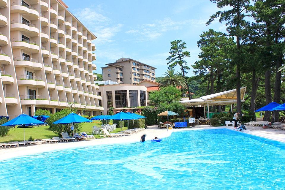 伊豆 夏旅行にオススメ☆目の前が浜辺のリゾートホテル・透明度抜群ビーチをご紹介します!【前編】