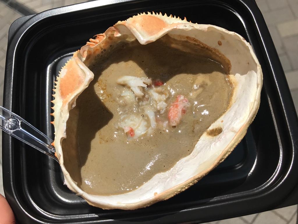 道頓堀の人気食べ歩きグルメ!かに道楽の「かにみそ甲羅焼き」がとっても美味しかった☆