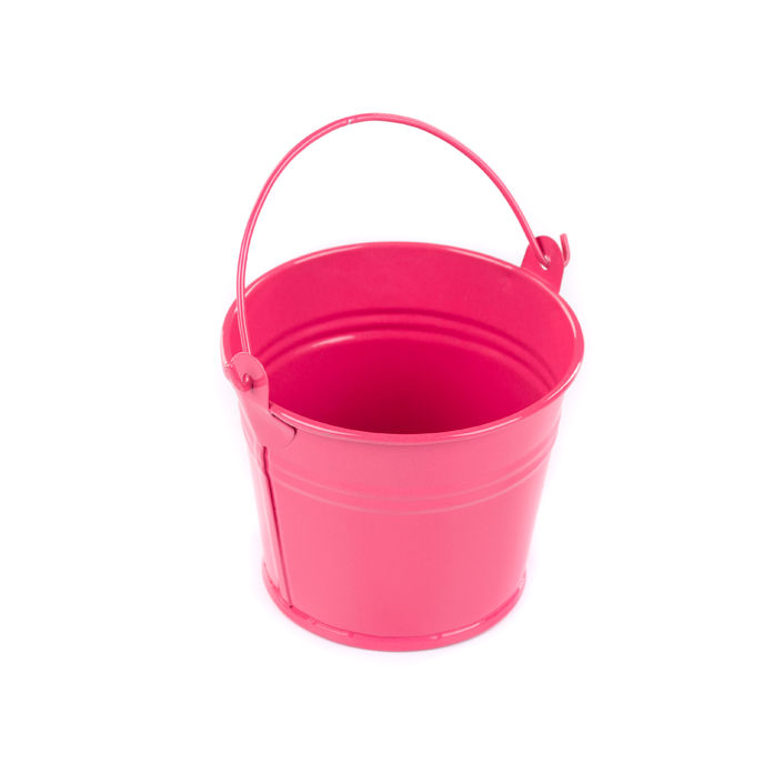 ピンクのバケツの画像