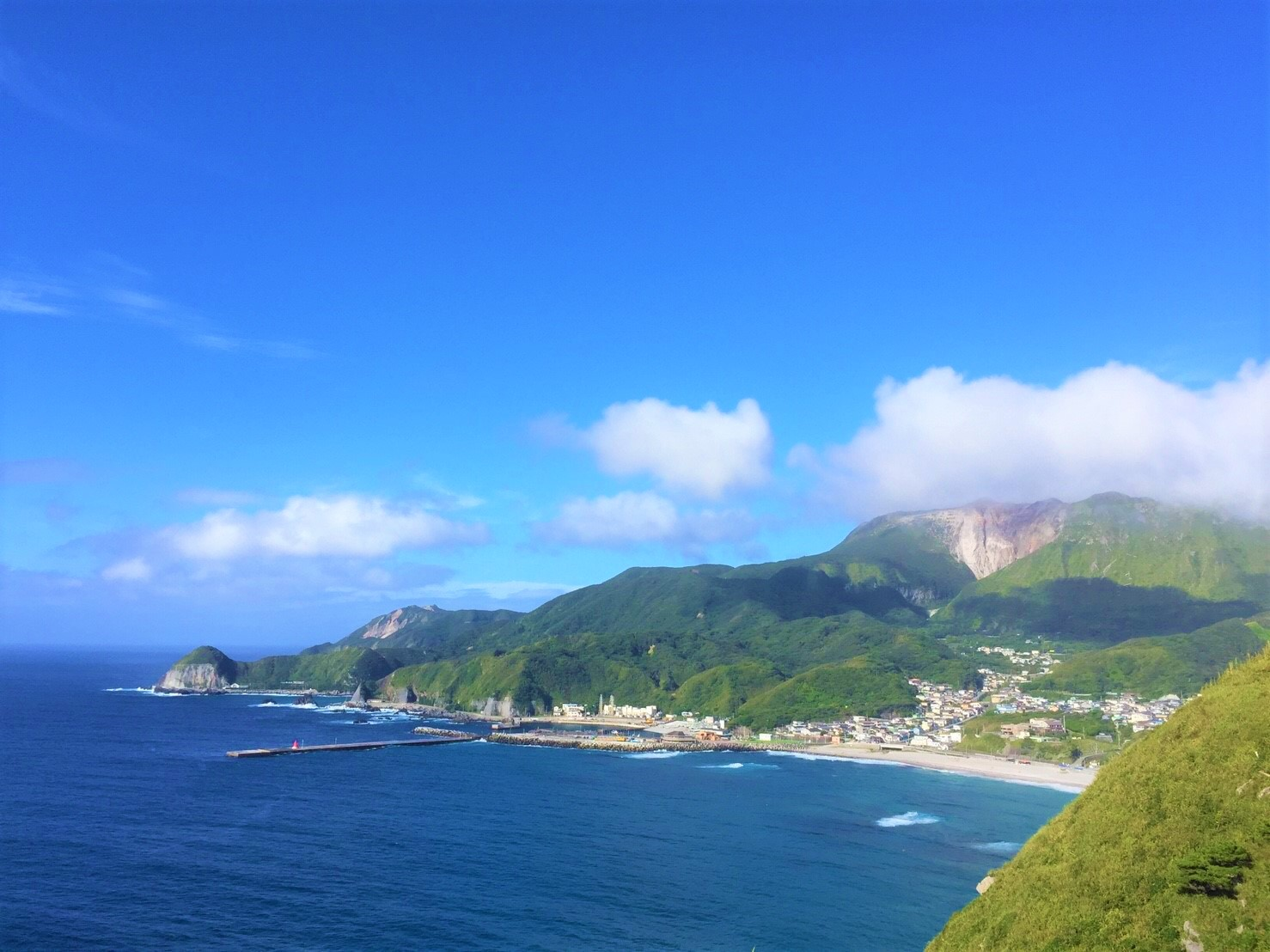 神津島の綺麗な海の画像