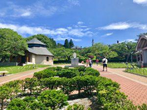 トラピスチヌ修道院の前庭