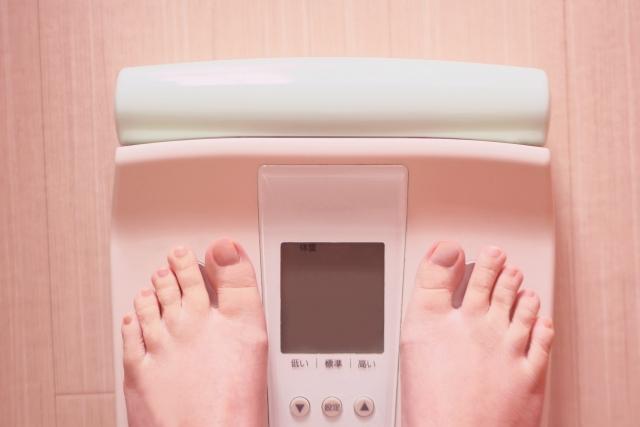 1食置き換えダイエットって痩せるの?「サラダチキン」生活を2週間続けた私の結果