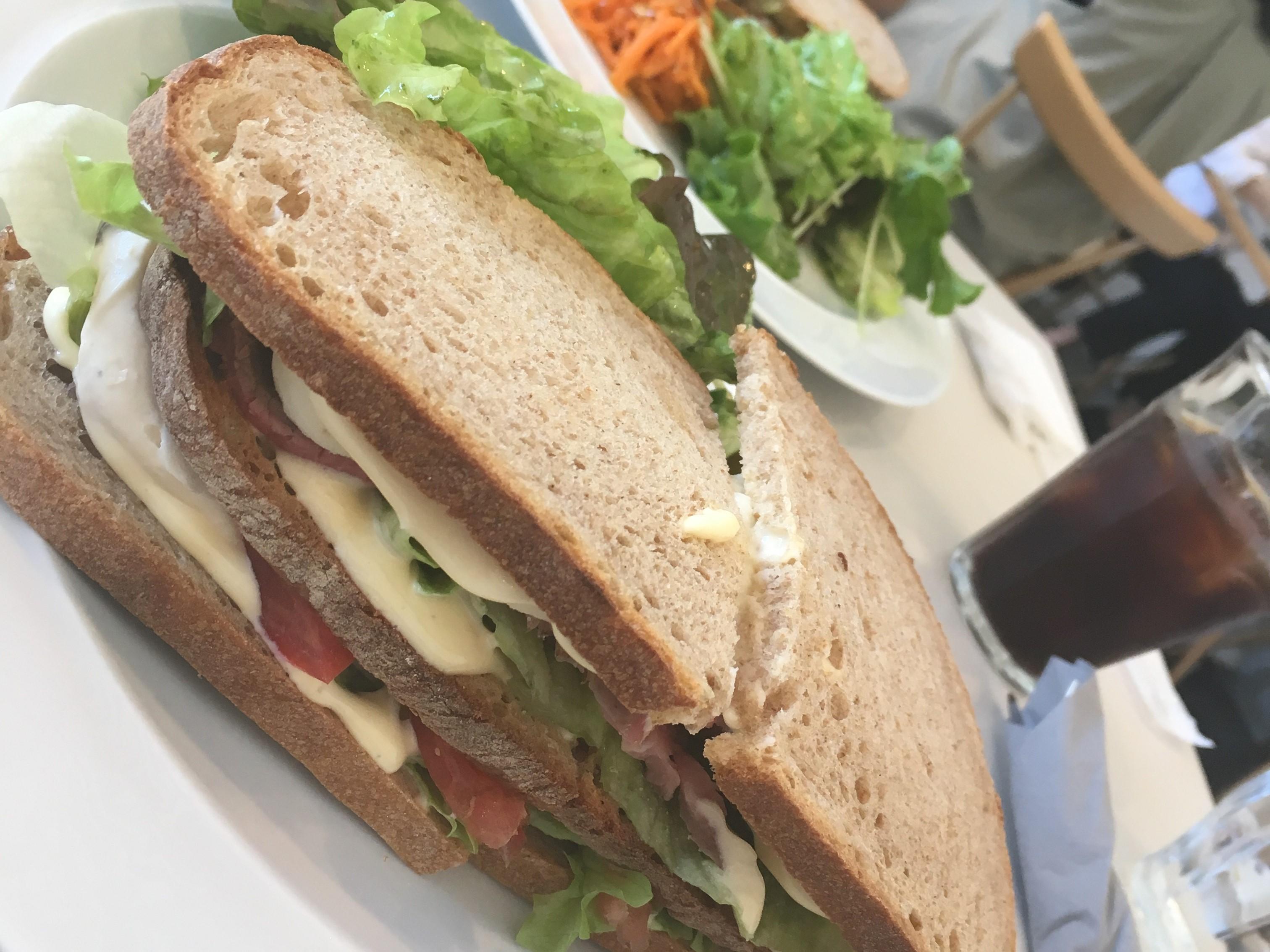 マーガレットハウエルカフェのサンドイッチの画像