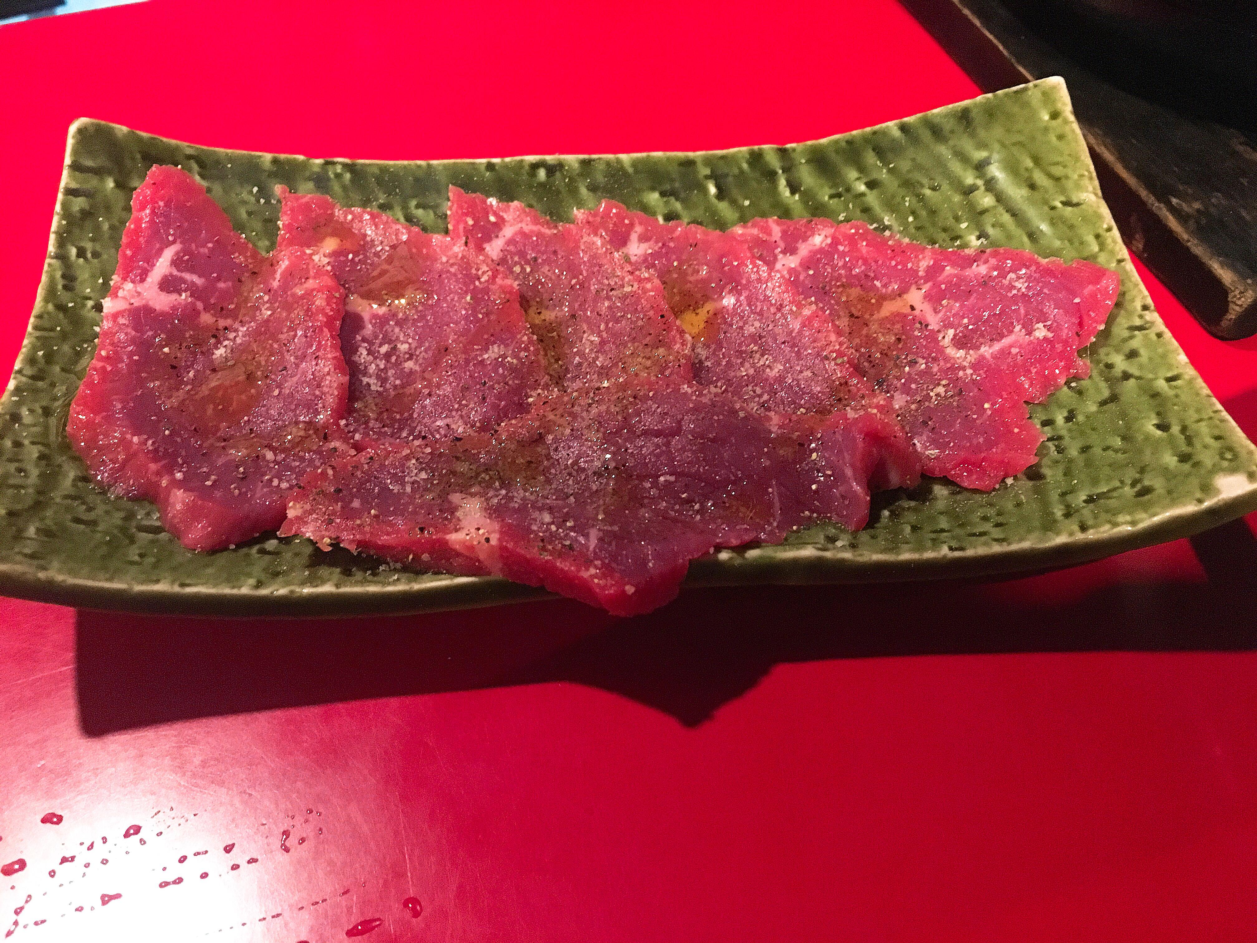 吉祥寺たるたるホルモンの赤身ランプ肉の画像