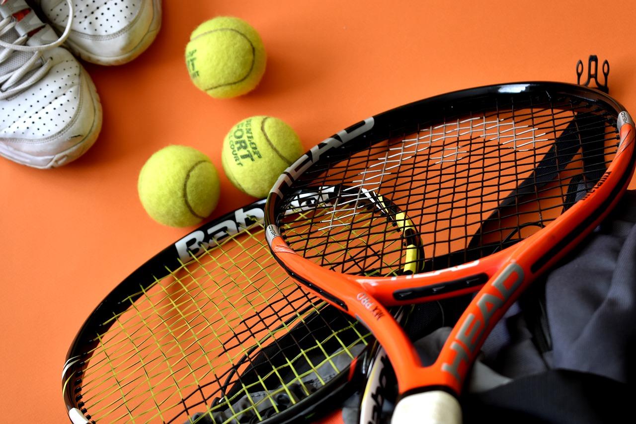 17年間テニスを続けた私がテニスをする上でのメリット・デメリットを正直にお伝えします!