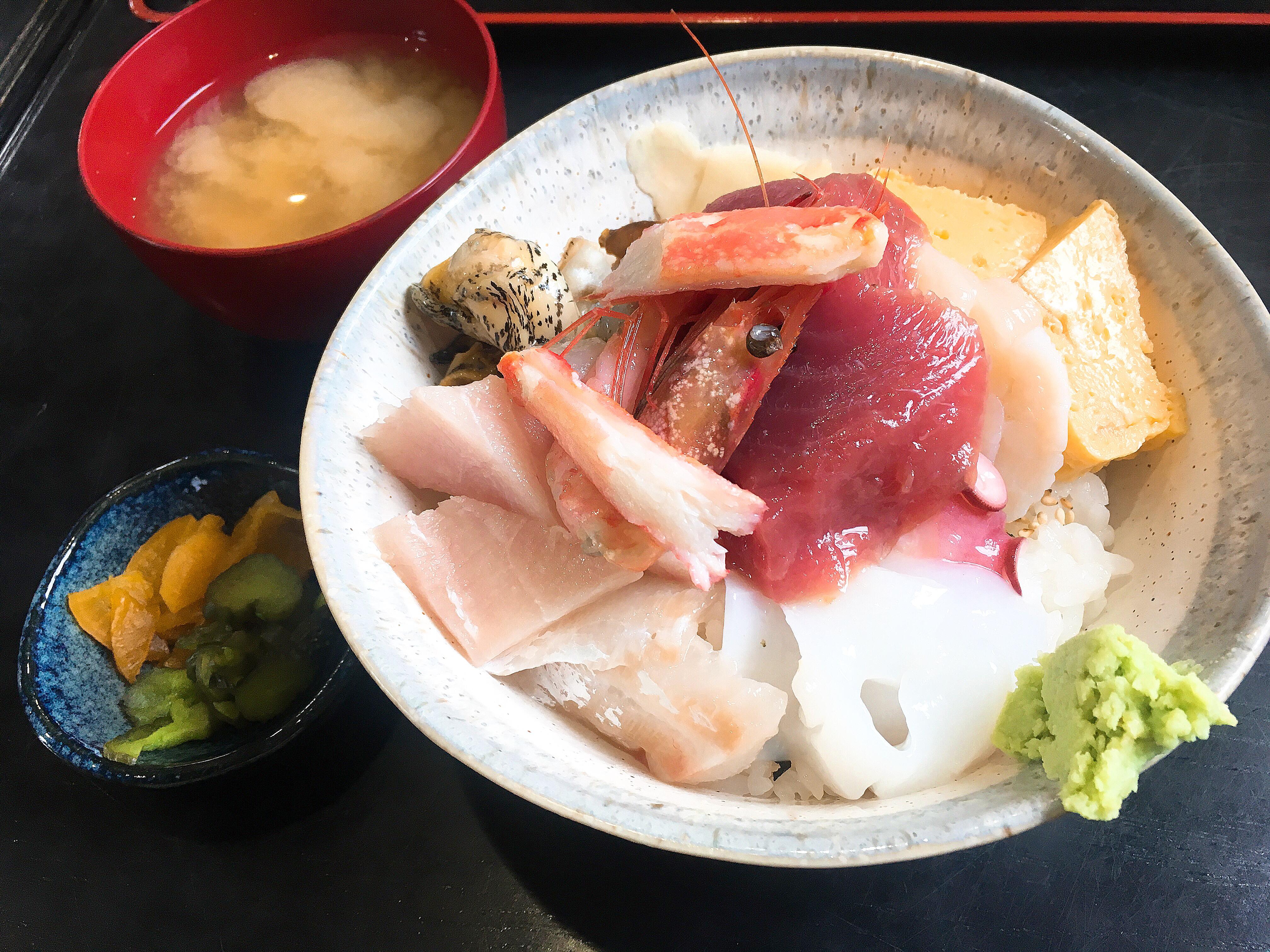 【銚子】海鮮丼を食べに行くなら「鈴女」想像以上のボリュームと美味しさに感動しました