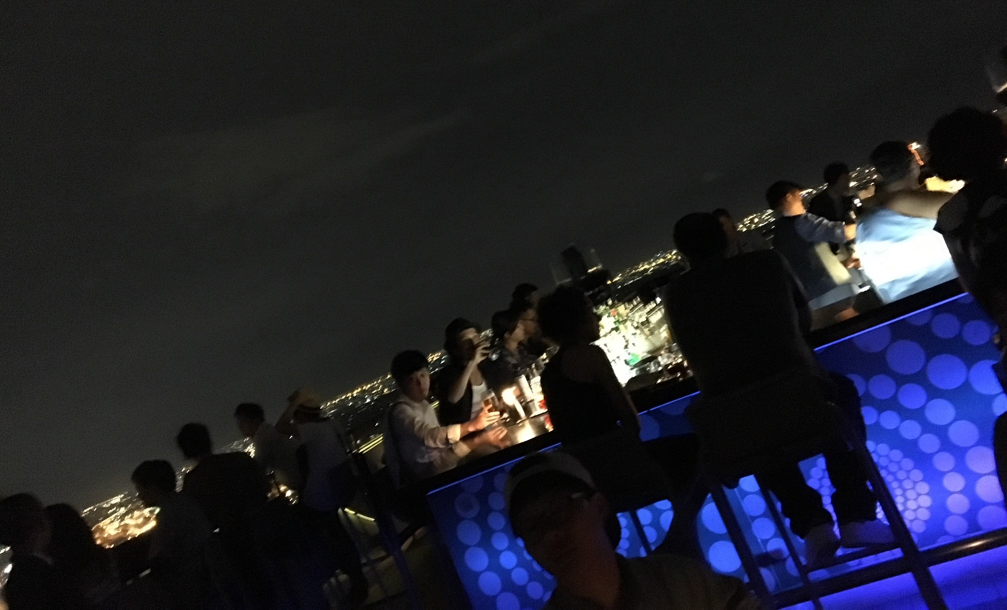 MOONBARの夜の雰囲気の画像