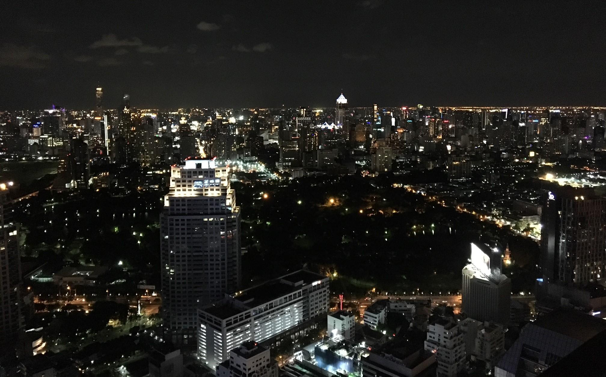 バンコクの夜景の画僧