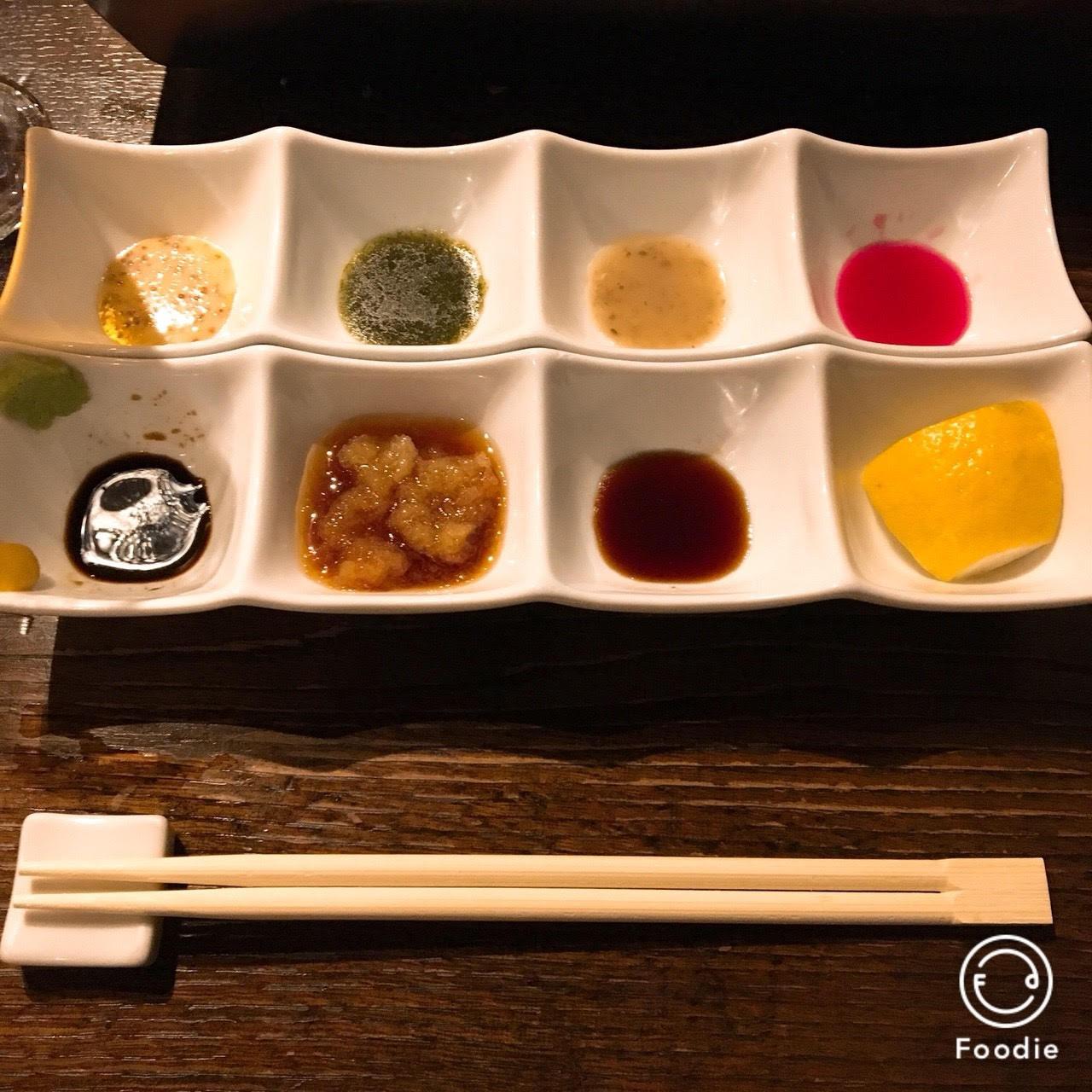 恵比寿ニクアザブの8種類のタレの画像