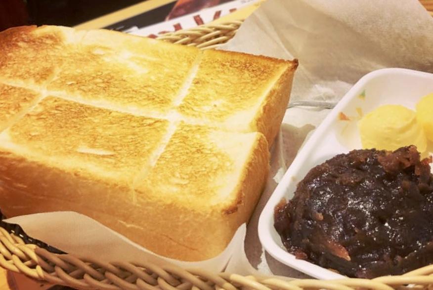 コメダ珈琲の小倉トースト