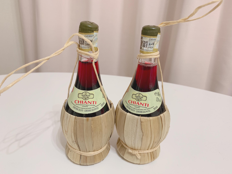 イタリアのおすすめお土産キャンティのワインの画像