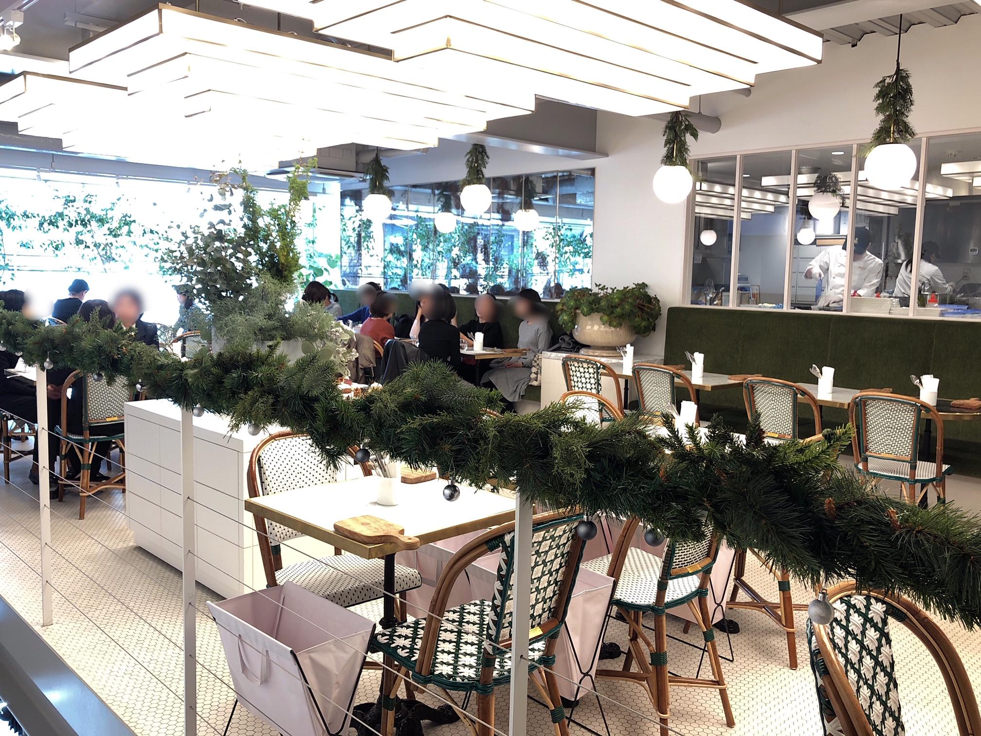 リベルテのカフェスペース