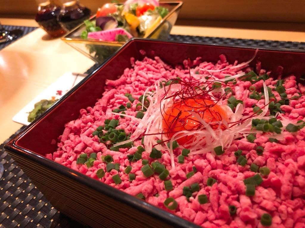 銀座KOSOの牛トロ丼