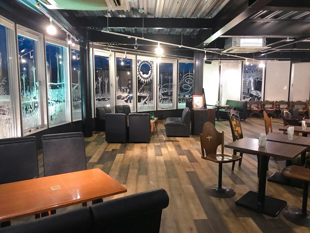 東久留米市にあるヴィンテージカフェの内装